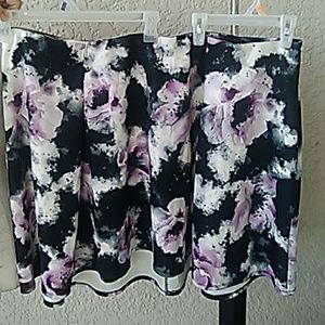 Torrid skirt size 4